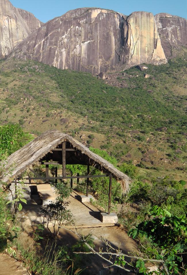 Tsarasoa Lodge - Hébergement de Qualité