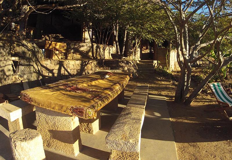 Terrasse - Table à Manger Tsarasoa Lodge