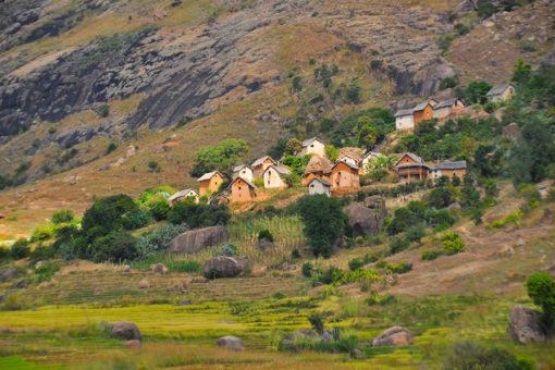 Village de Tsaranoro - Tsarasoa Lodge Madagascar