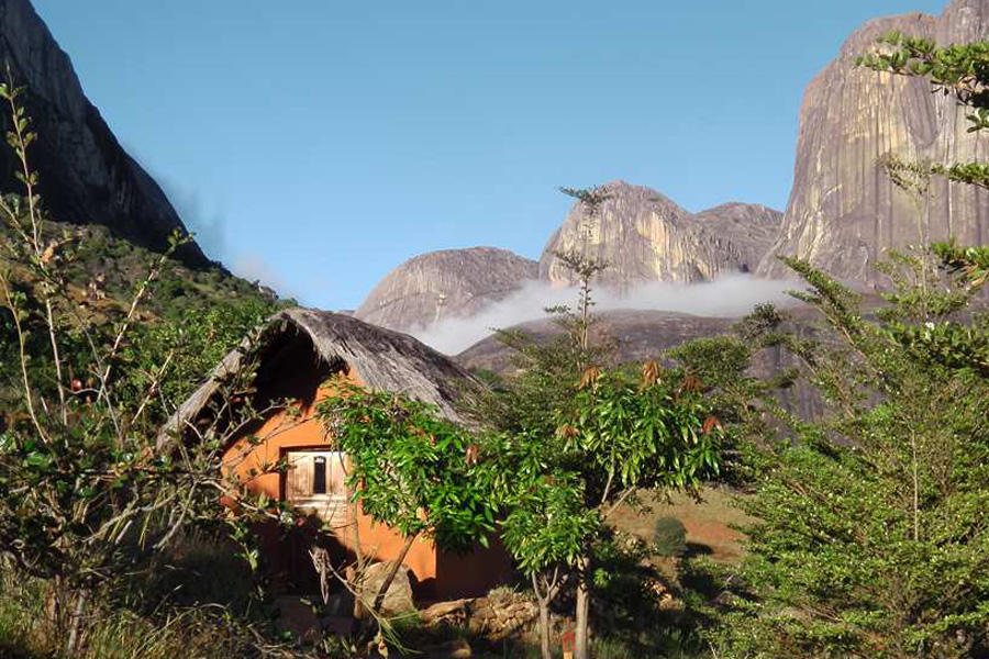 simple-life-tsarasoa-lodge-madagascar